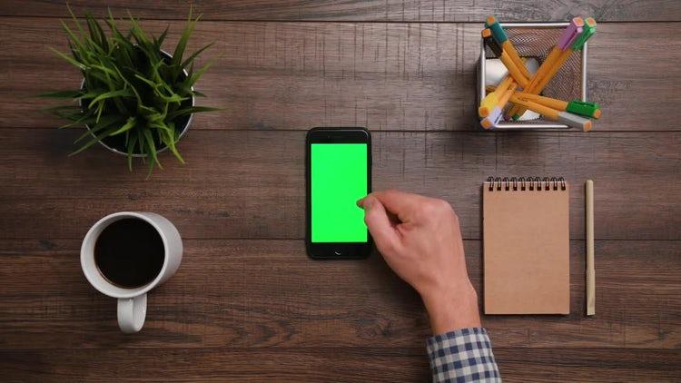 Iphone Green Screen 2x Scrollup: Stock Video