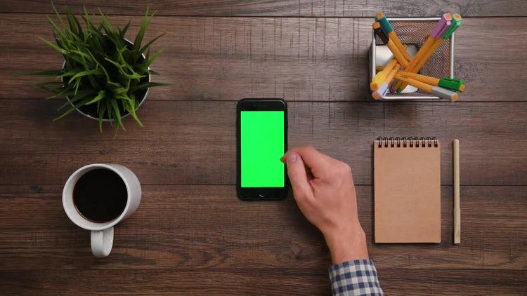 IPhone Green Screen 3x Scroll Up: Stock Video