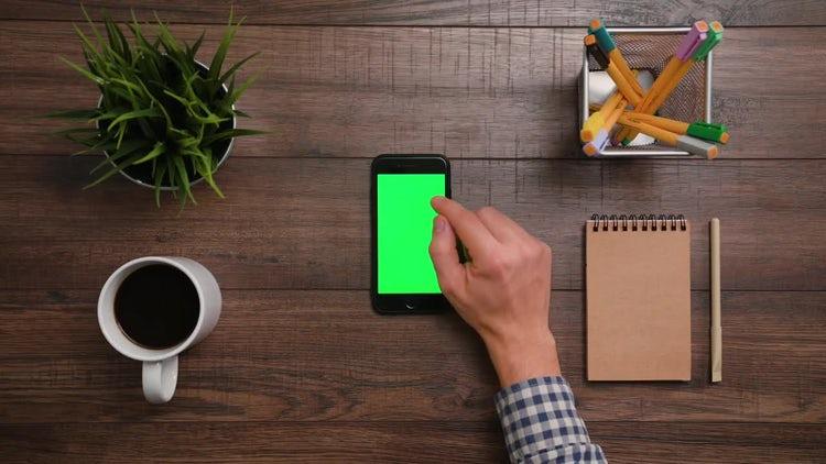 Iphone Green Screen Scrolling Down: Stock Video
