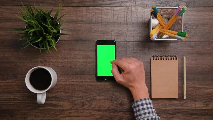 Iphone Green Screen 2x Scrolldown: Stock Video
