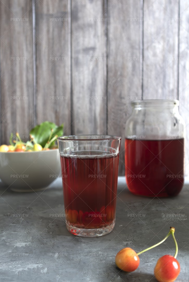 Summer Cold Drink: Stock Photos