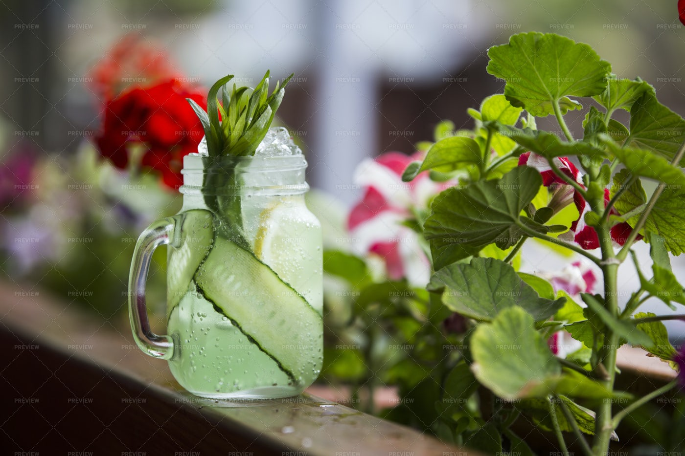 Glass Of Ice Tea: Stock Photos