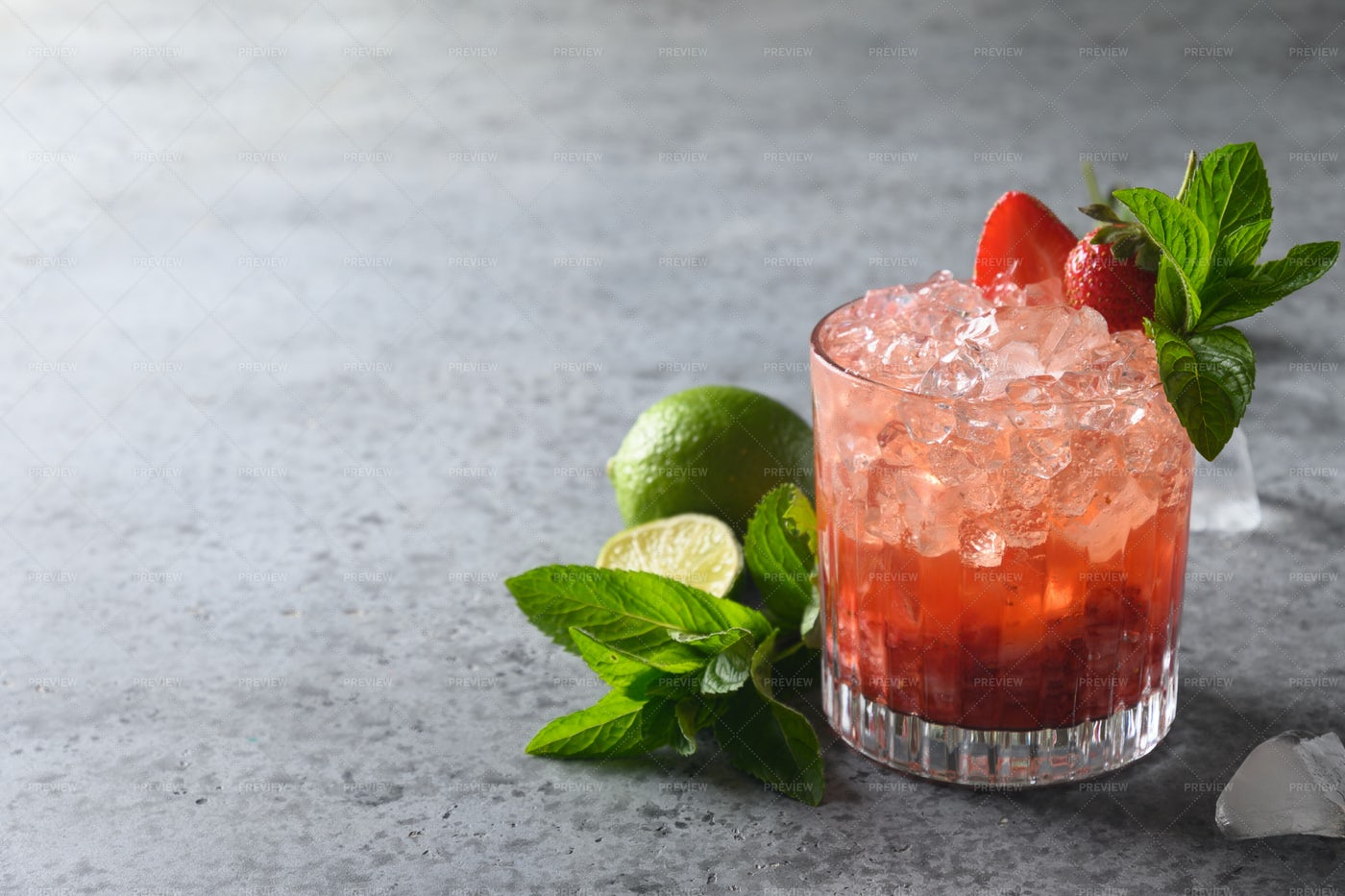 Lemonade With Ice And Strawberries: Stock Photos