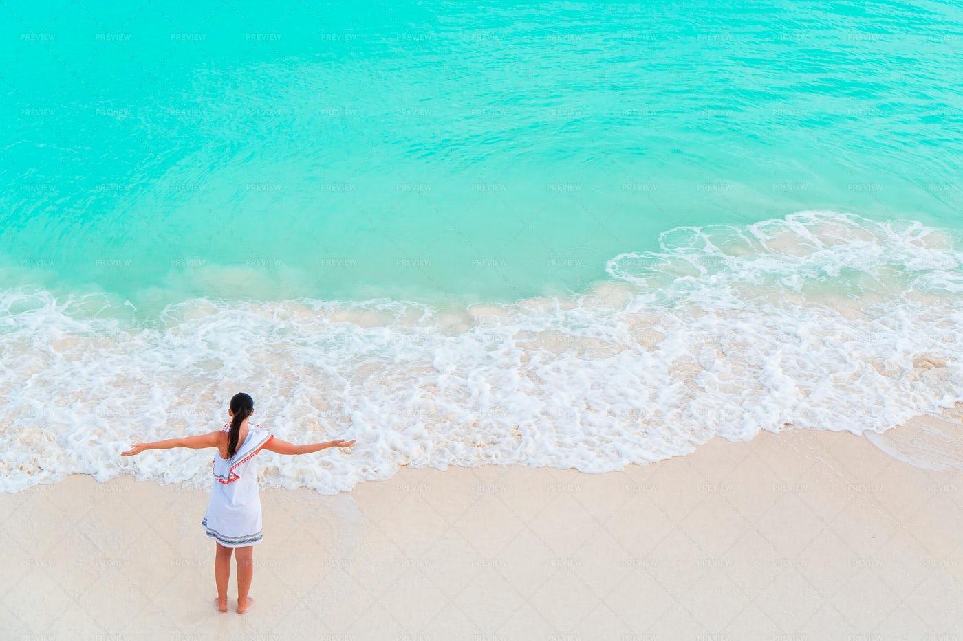 Woman Enjoying The Ocean: Stock Photos