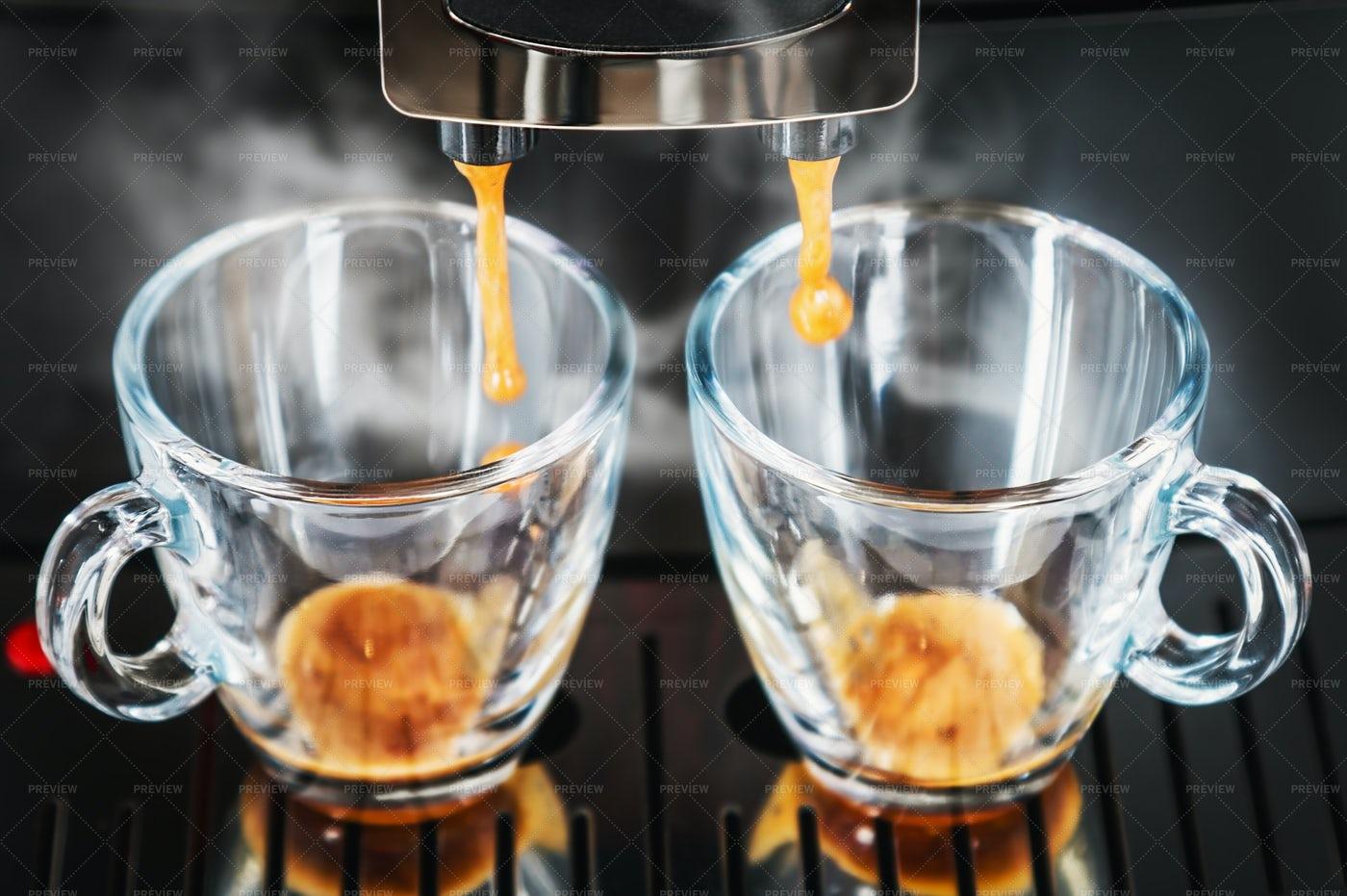 Coffees Under The Machine: Stock Photos