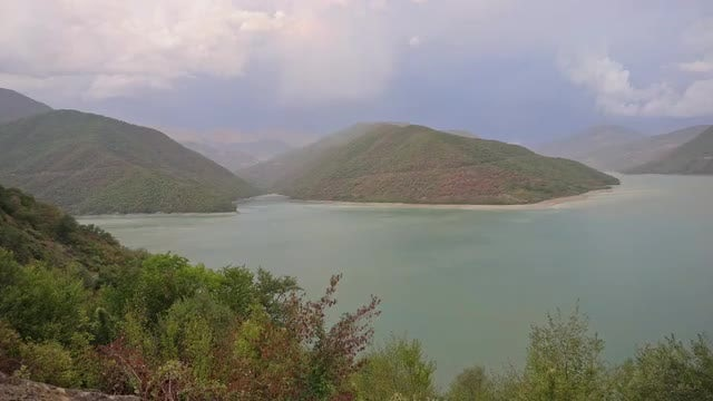 Lake View In The Mountains: Stock Video