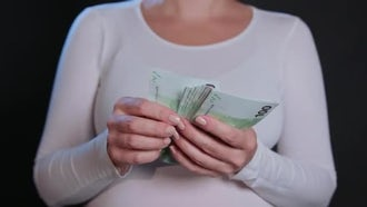 Woman Counting Euros: Stock Video