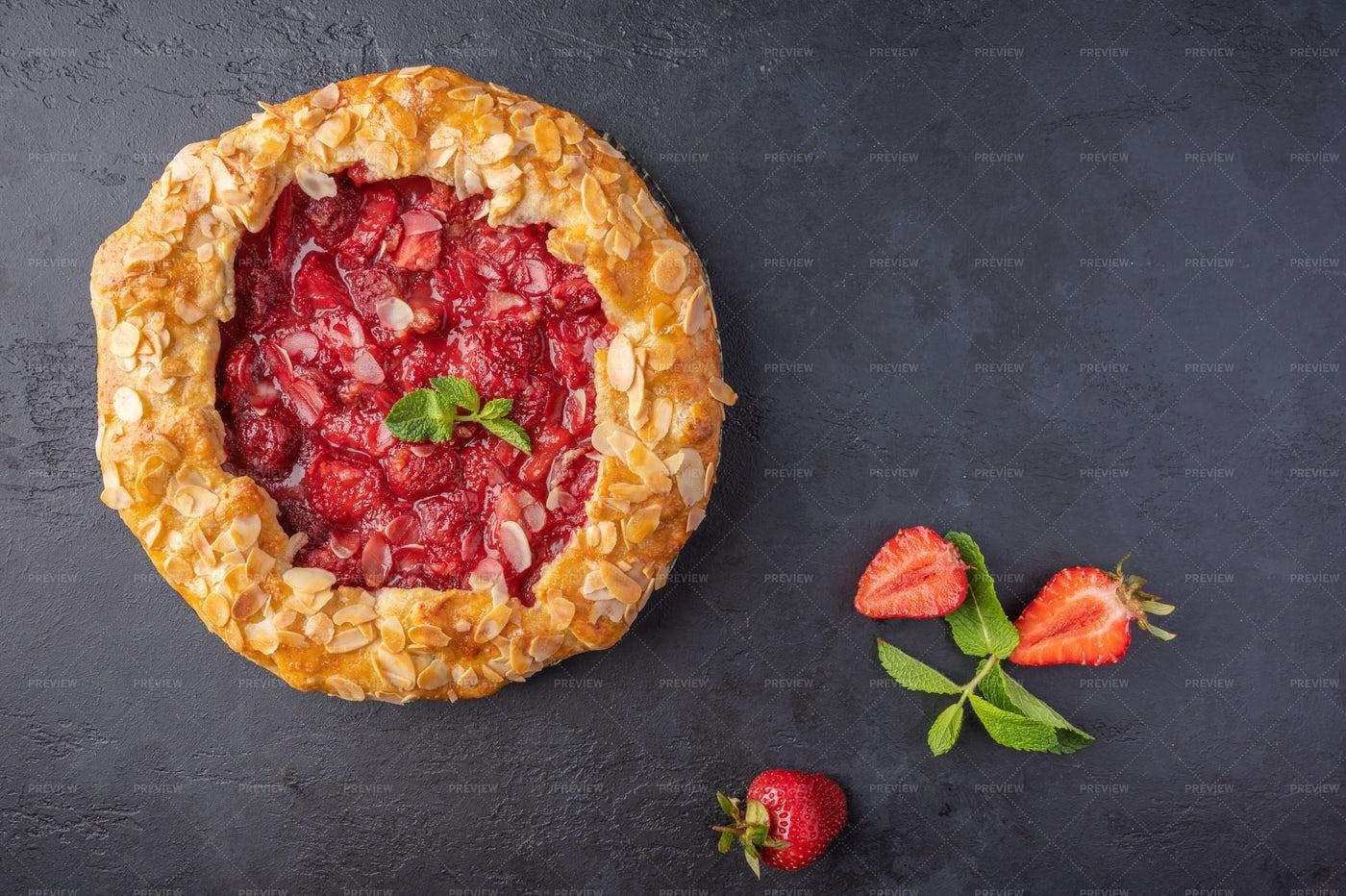 Summer Flan Pie: Stock Photos