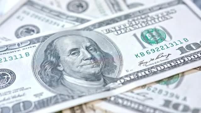 100 US Dollars Closeup : Stock Video