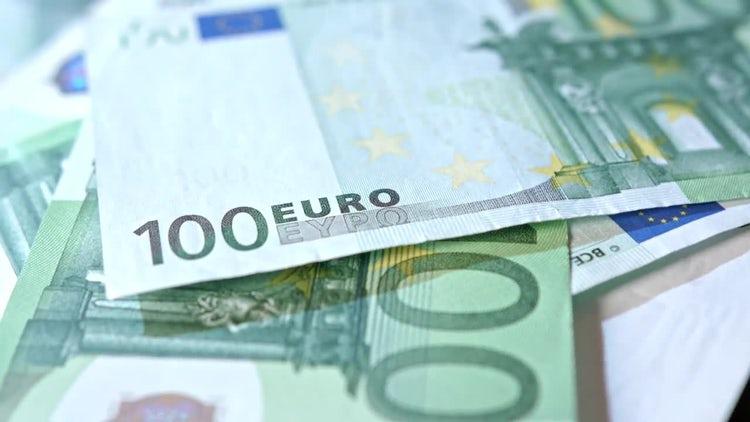 Rotating Euros Closeup : Stock Video