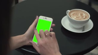 Left Click Green Screen Phone : Stock Video