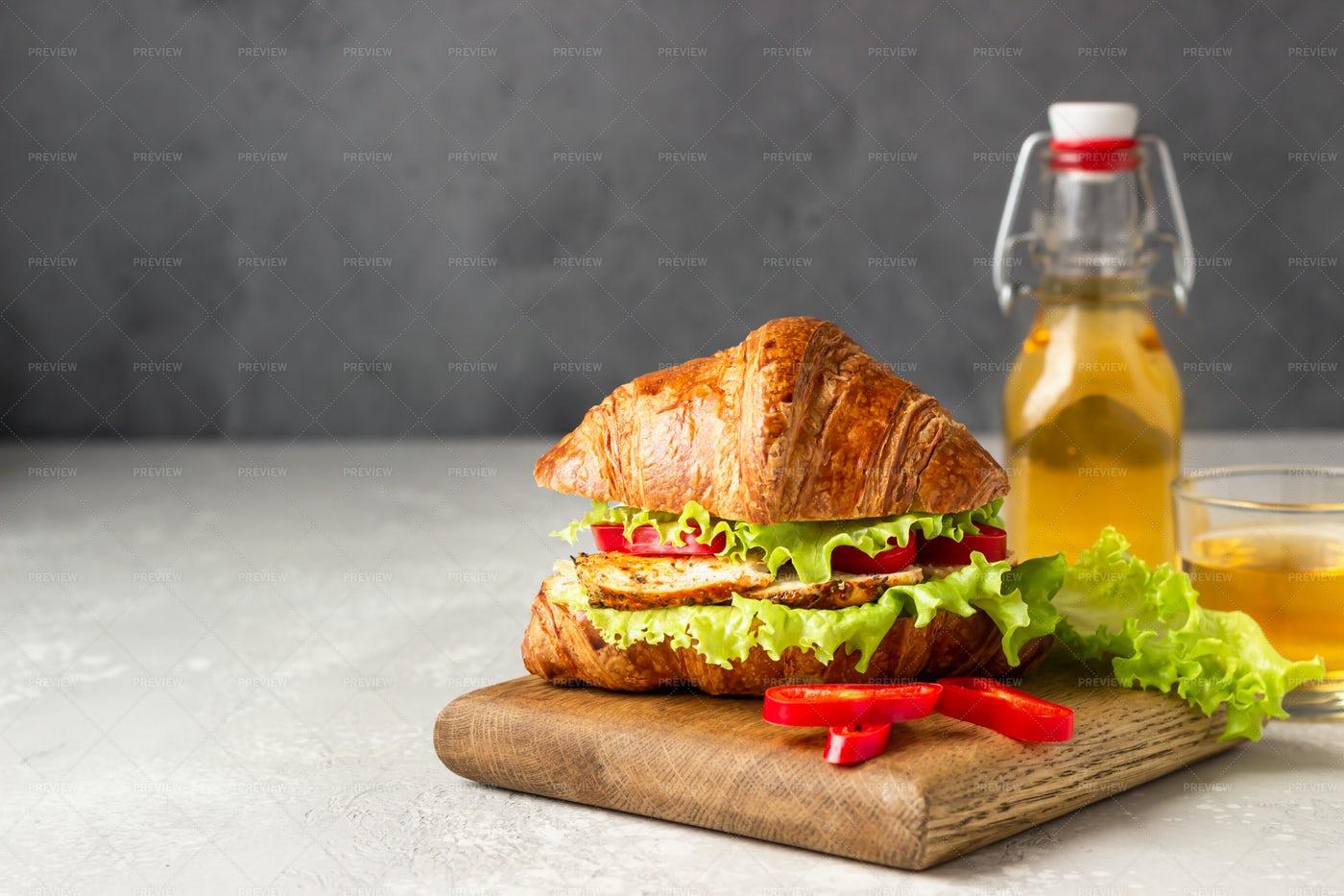Croissant Sandwich: Stock Photos