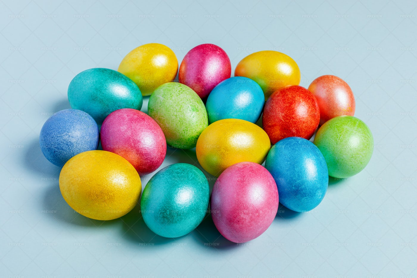 Colored Glossy Easter Eggs: Stock Photos
