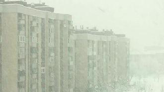 Heavy Snow In The City: Stock Video