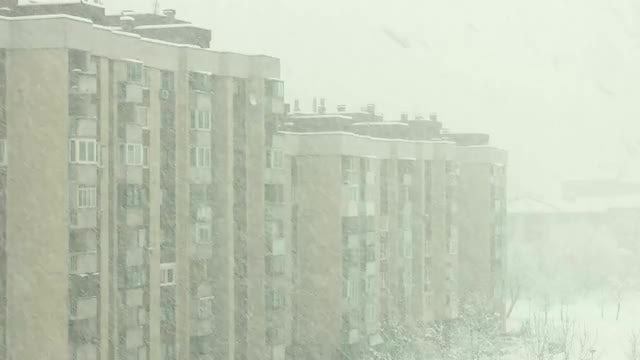Heavy Snow In The City: Stock Video