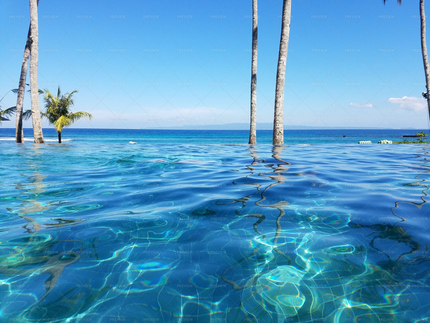 Water In The Infinity Pool: Stock Photos