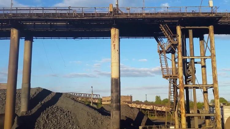 Ore Conveyor For Mining: Stock Video