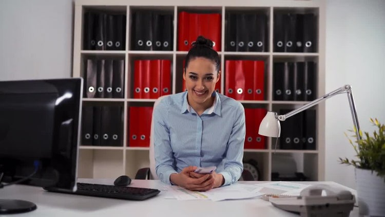 Woman Entrepreneur Counting Money: Stock Video