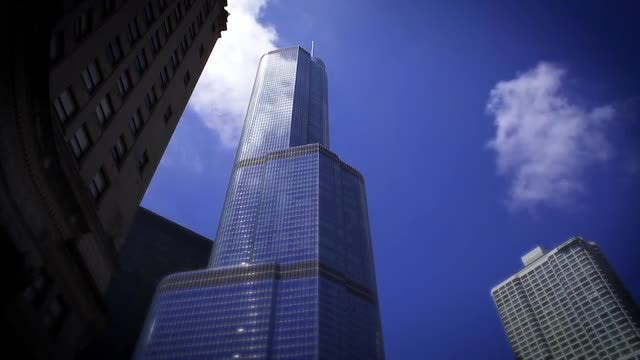 Modern Tower Buildings In Chicago : Stock Video