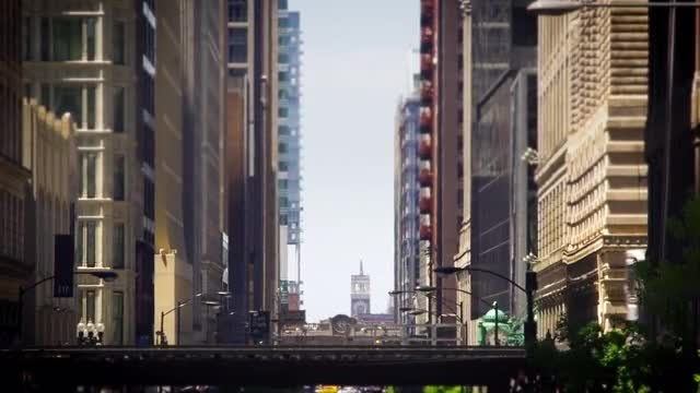 Chicago Train Passing On Bridge: Stock Video