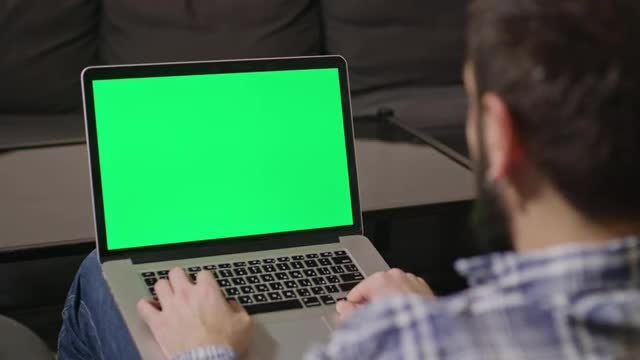Online Shopping Green Screen Computer: Stock Video