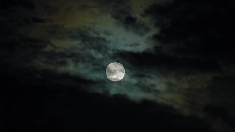Creepy Full Moon Black Sky : Stock Video