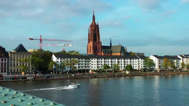 River Boat In Frankfurt City: Stock Video