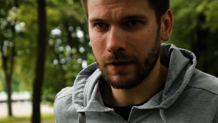 Man Runner In Park: Stock Video