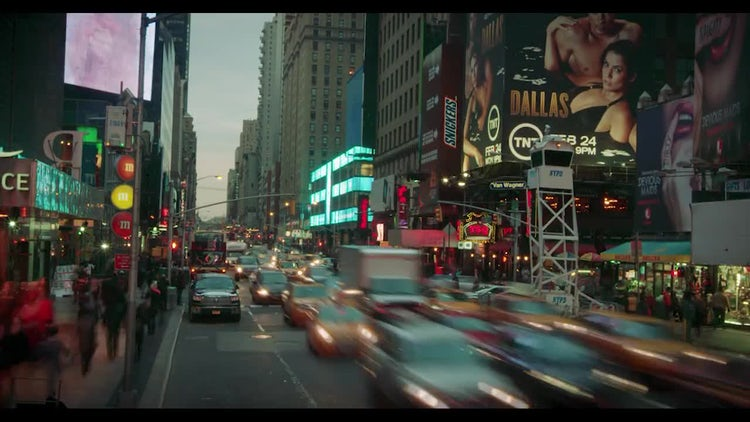 Traffic Time-Lapse In Time Square NYC: Stock Video