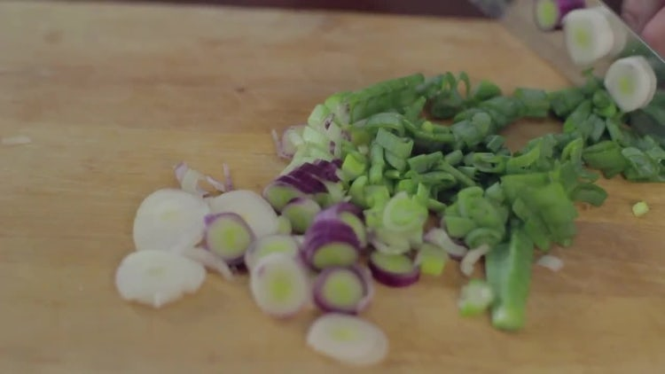 Chopping Green Onion : Stock Video