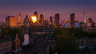 London Evening Skyline : Stock Video