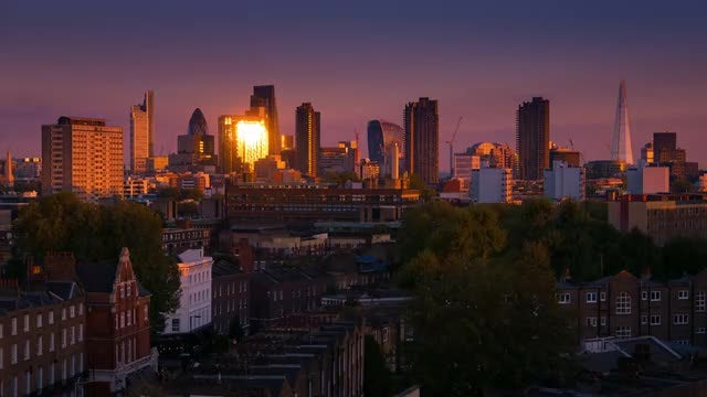 London Evening Skyline : Stock Video