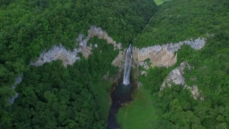 Amazing Bliha Waterfalls: Stock Video