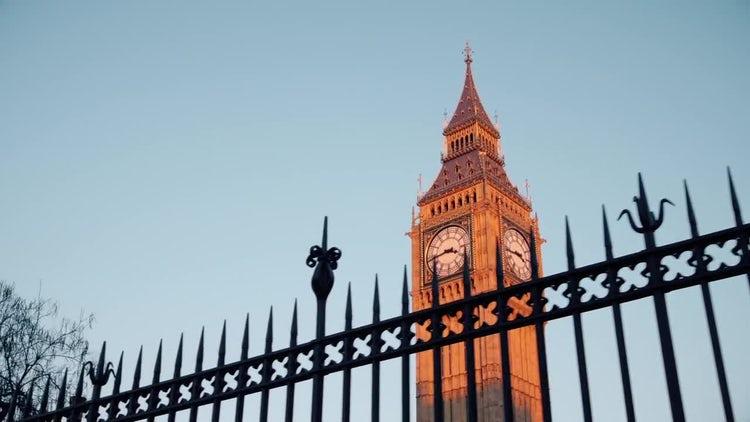 Big Ben London Tracking Shot: Stock Video