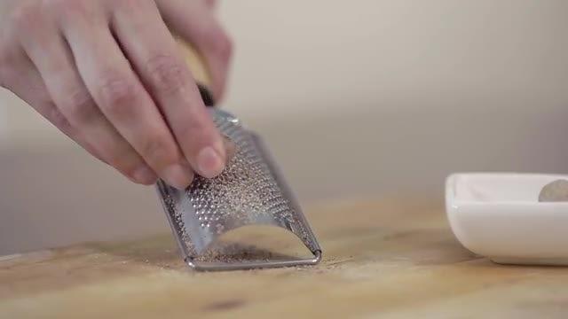 Grating Nutmeg : Stock Video