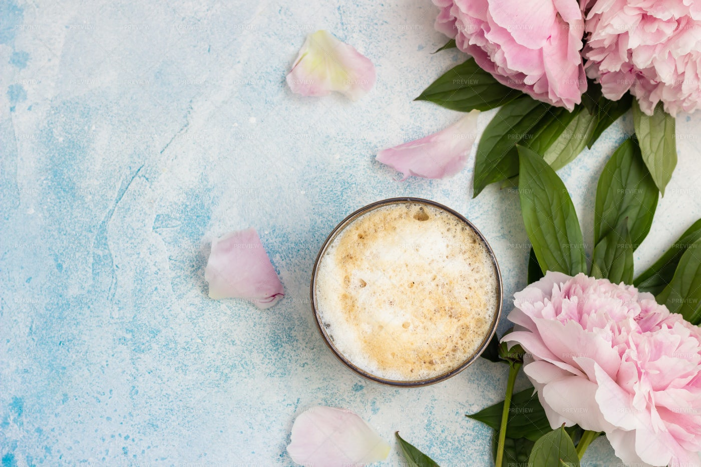 Coffee And Flowers: Stock Photos