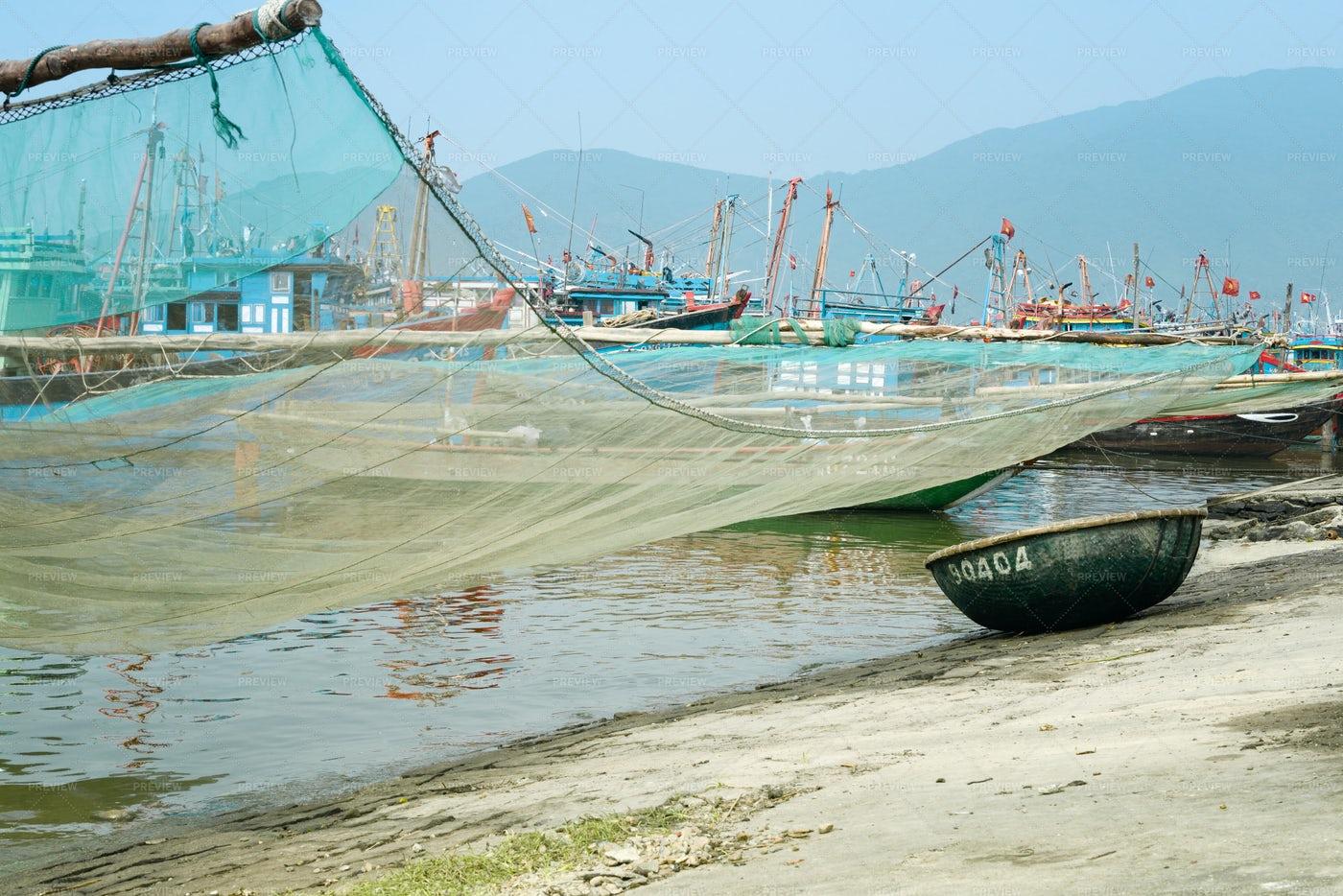 Traditional Fishing Net: Stock Photos