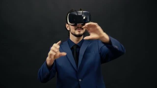 Man Wearing VR Headset: Stock Video