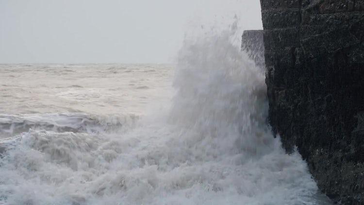 Waves, Winter Ocean In Brighton, England: Stock Video
