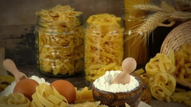 Delicious Macaroni Pasta Mix : Stock Video