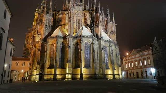 Golden Prague Cathedral : Stock Video