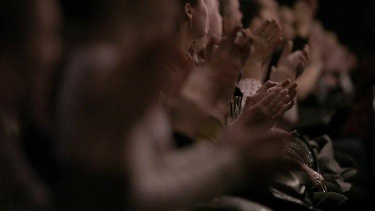 People Applauding: Stock Video