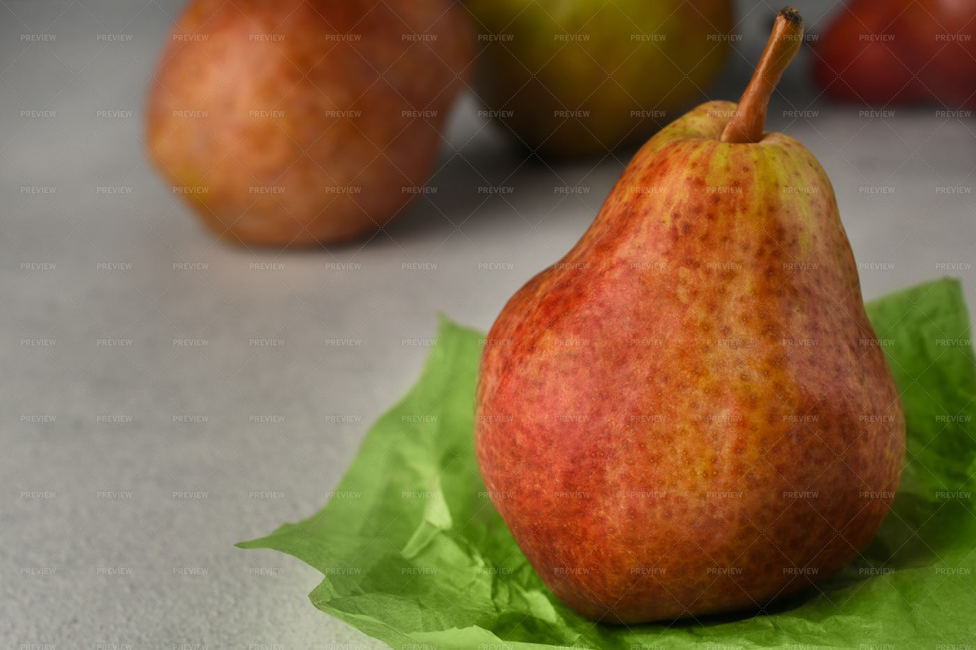 Red Ripe Pears: Stock Photos