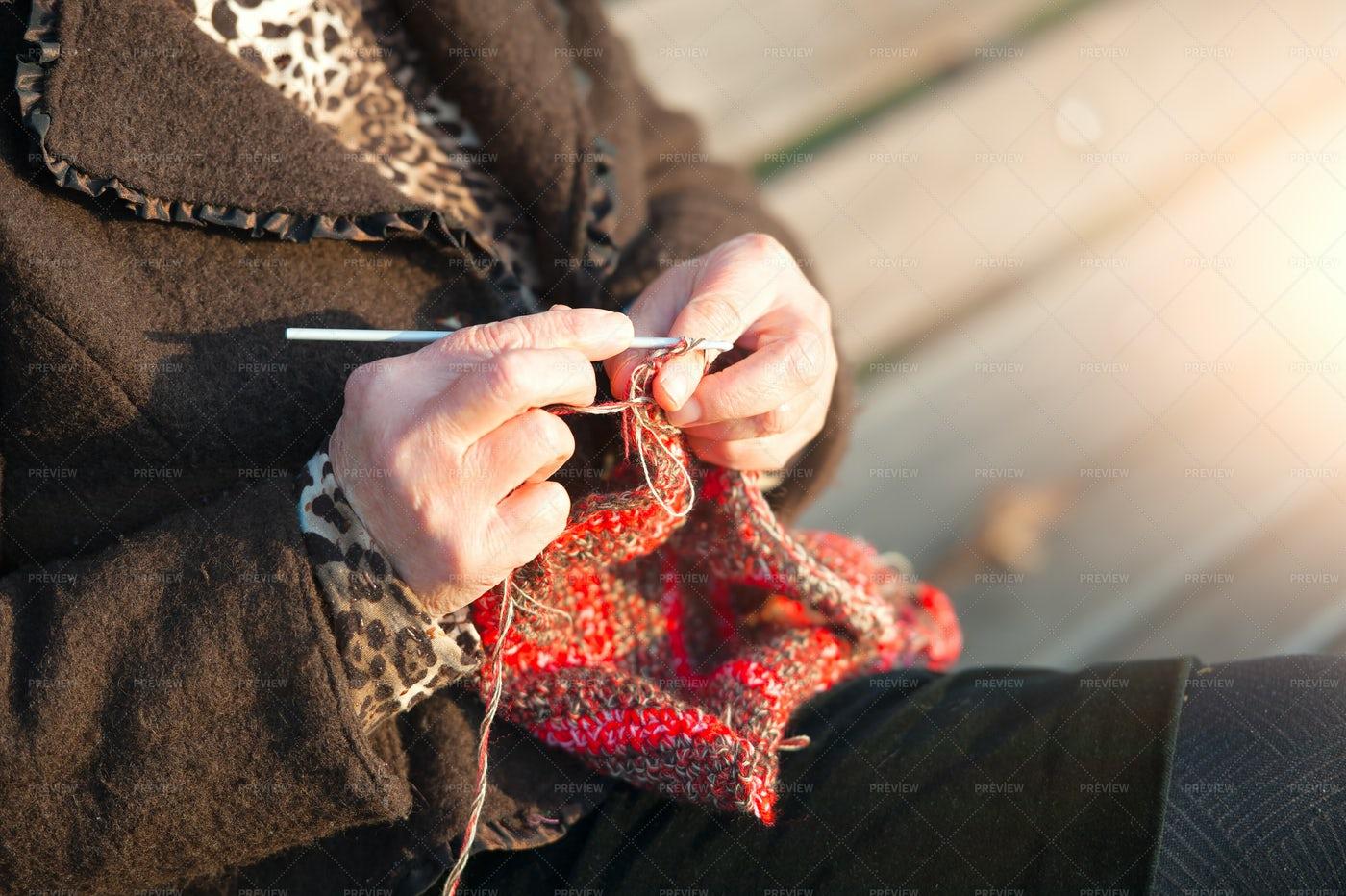 Woman Knitting: Stock Photos