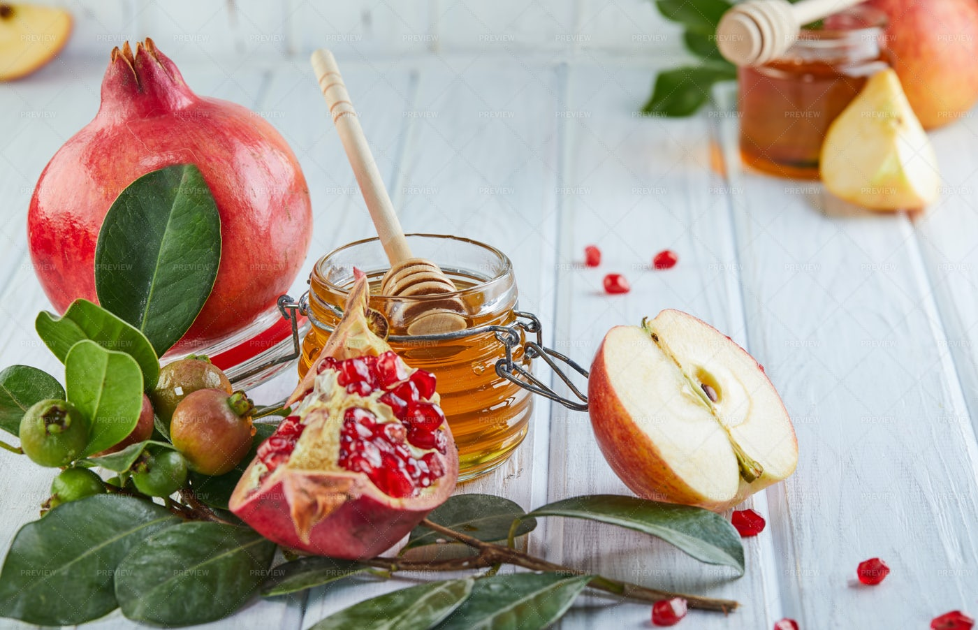 Honey And Pomegranate: Stock Photos