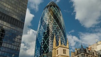 Time-Lapse The Gherkin - The City Of London: Stock Video