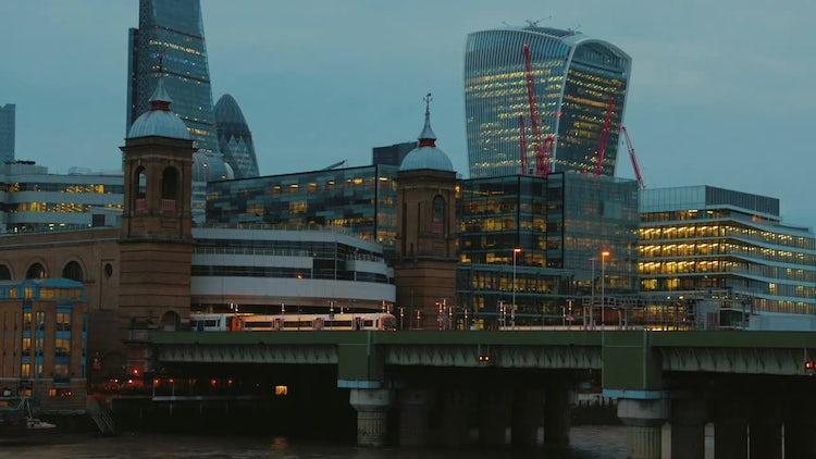 Financial District in London: Stock Video