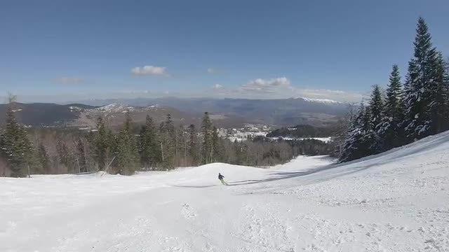 Going Down A Ski Run: Stock Video