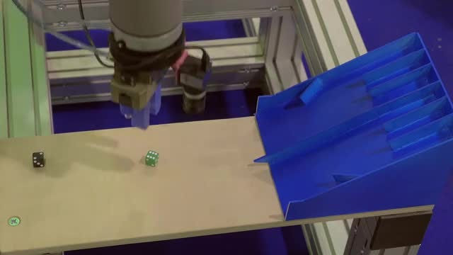 A Robot Playing Dice: Stock Video