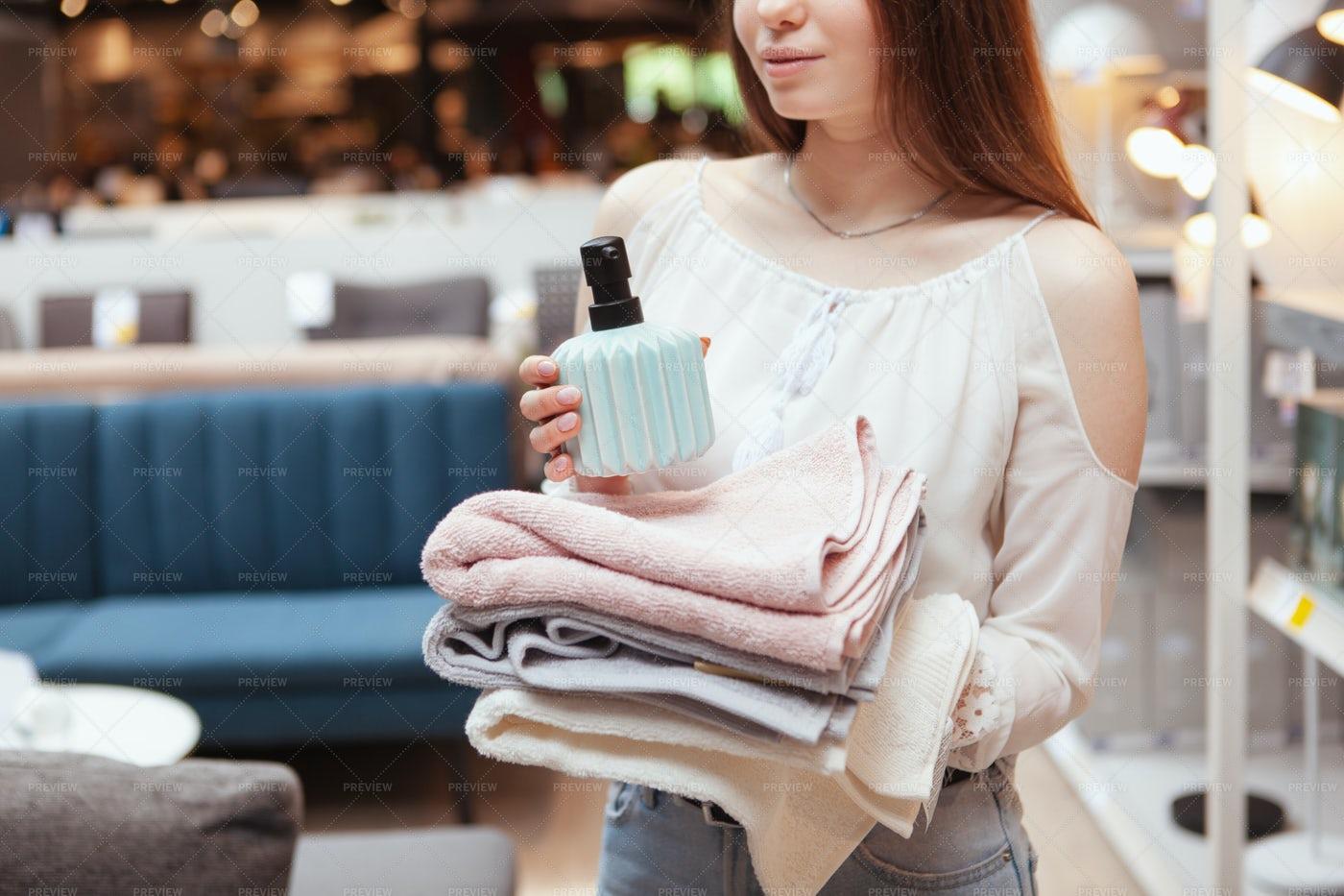 Shopping For Bathroom Items: Stock Photos